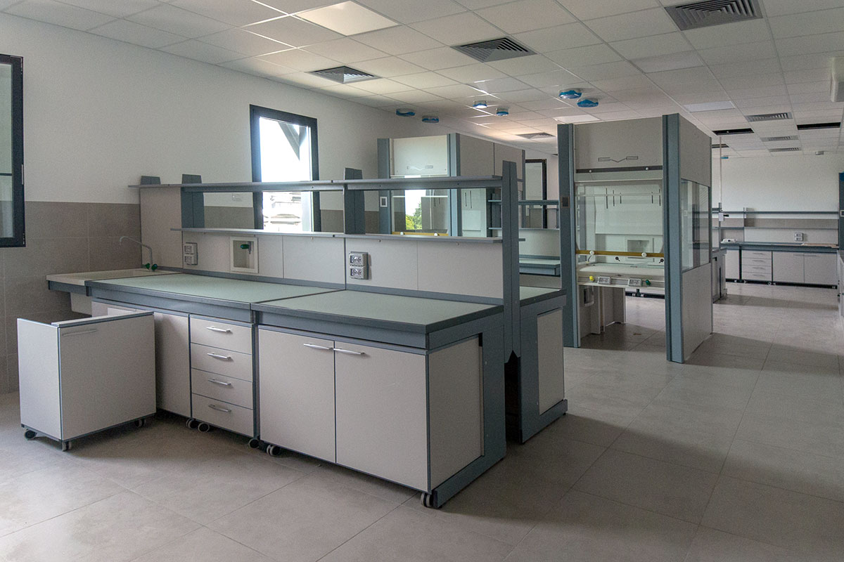 Centro ricerche chimiche montichiari u2013 interventi con resina e